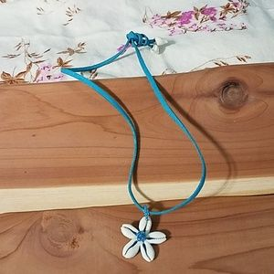 Pucca shell surfer necklace